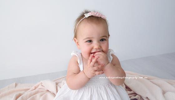 Melbourne Newborn Photographer, Niki Sprekos Photography 14