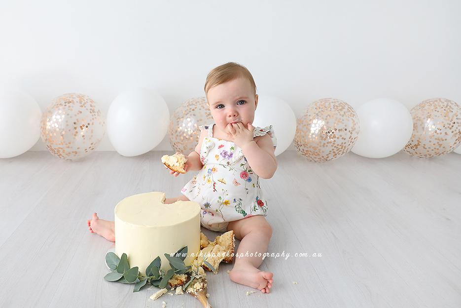 Niki Sprekos Photography, Cake Smash